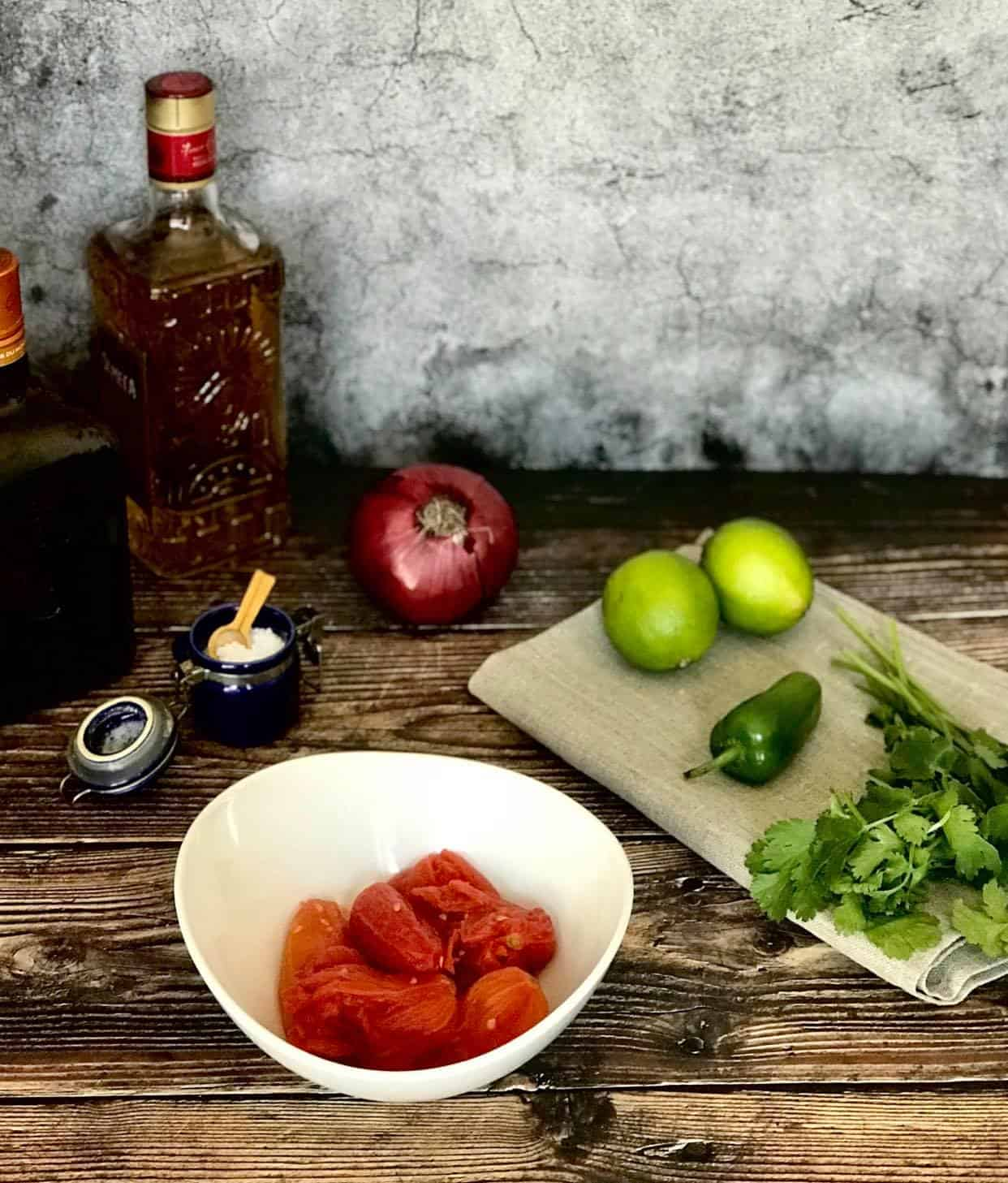 Ingredients for the salsa rojas.