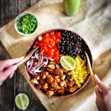 southwestern salad with chili-lime tofu nuggets