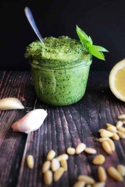 vegan oil-free pesto