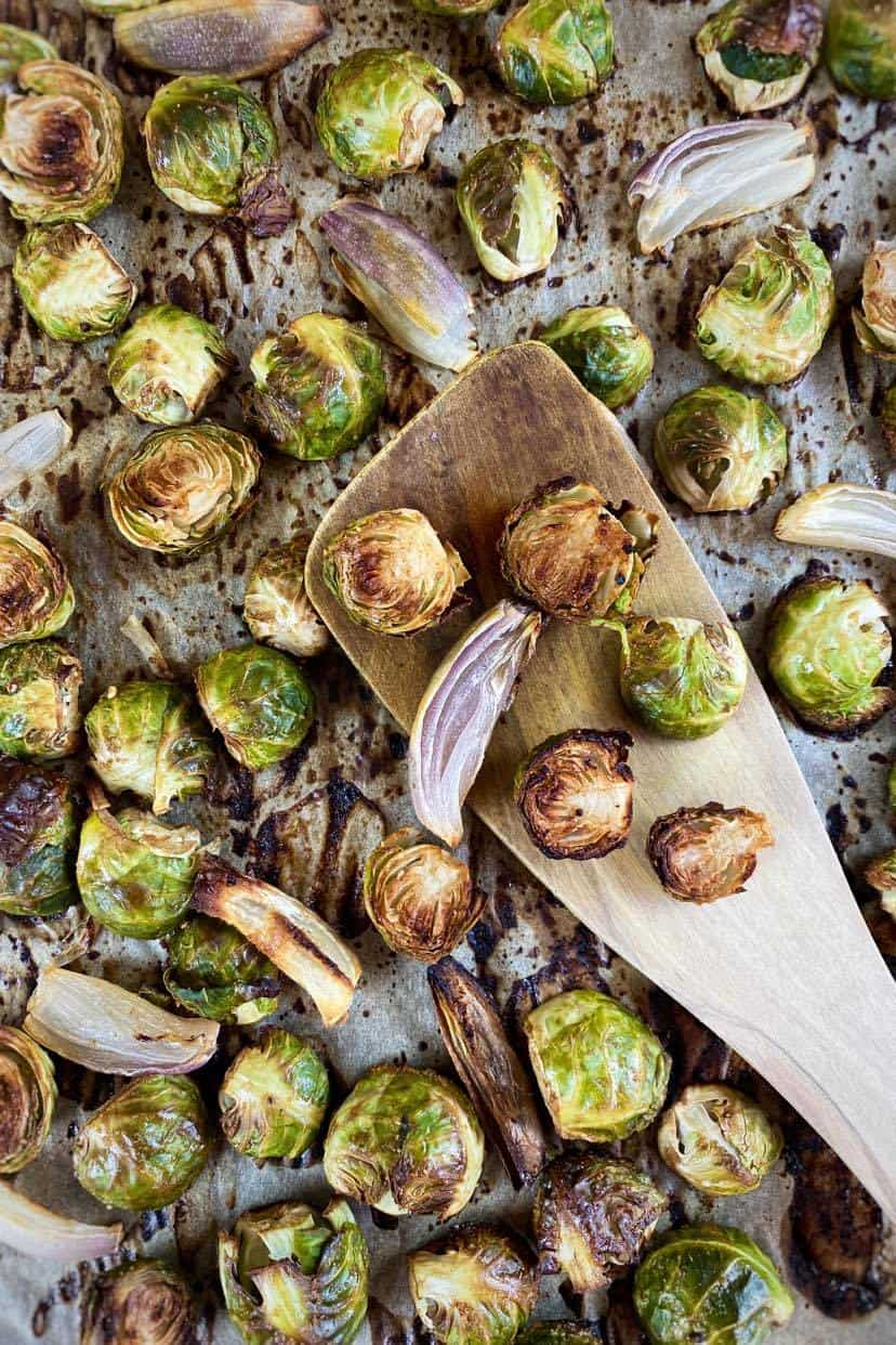 baked Brussels sprouts with balsamic and maple (oil-free)