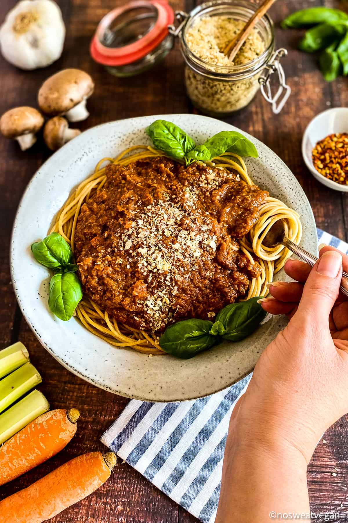 Oil-free vegan bolognese sauce.