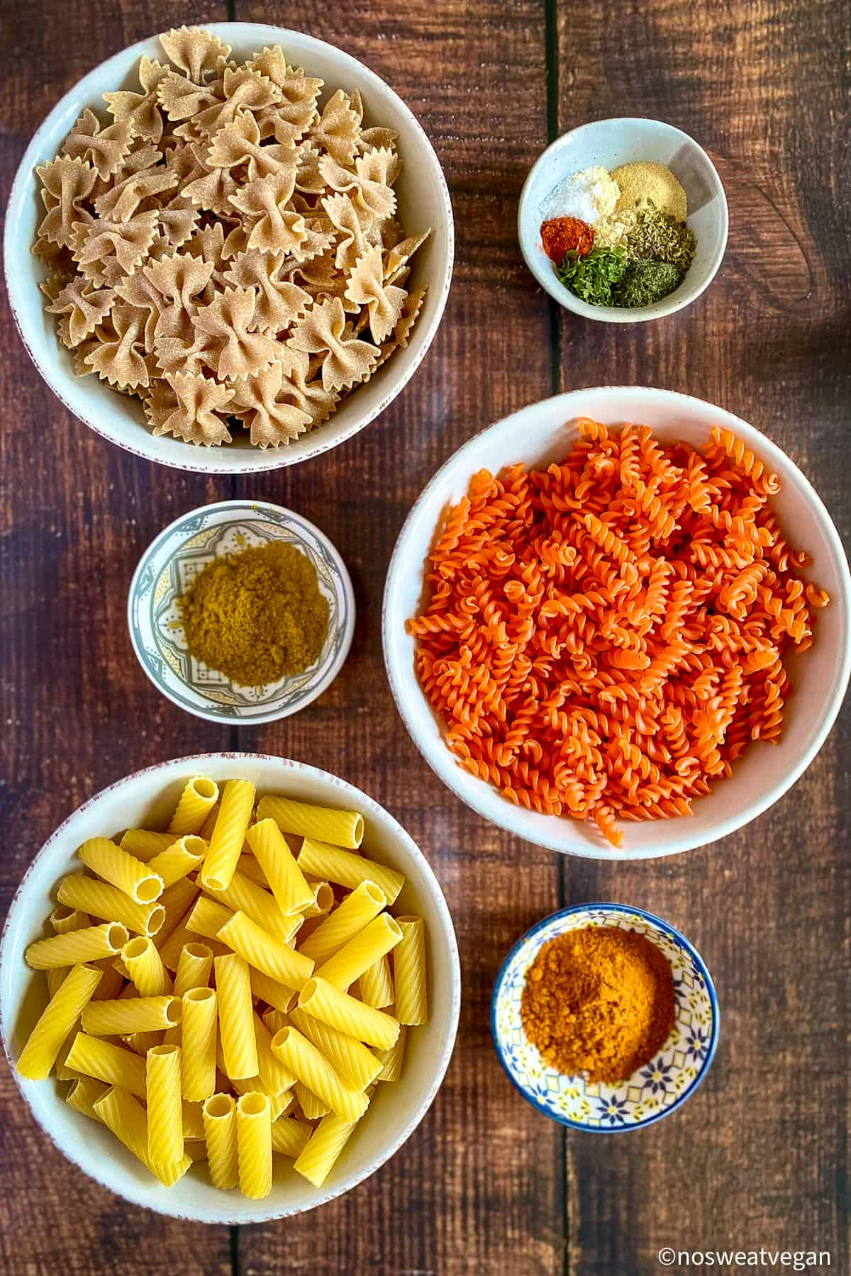 Ingredients for air fryer pasta chips.